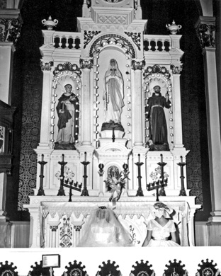 Grodek - Stassick Wedding September 13, 1958 - St. Casimir Church (2).jpg